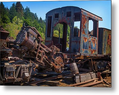 Abandoned Train Engine Metal Print by Garry Gay