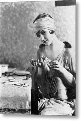 Actress Laura La Plante Metal Print by Underwood Archives