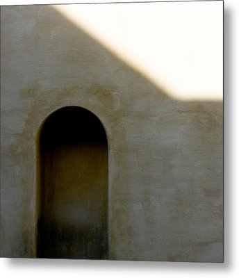 Arch In Shadow Metal Print by Dave Bowman