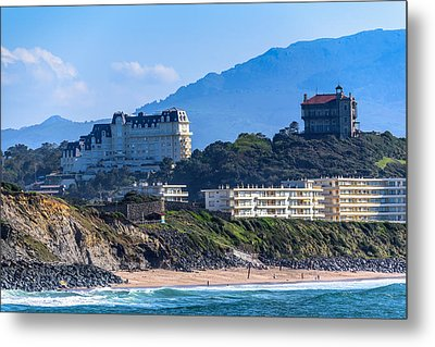 Metal Print featuring the photograph Architectural Integration by Thierry Bouriat