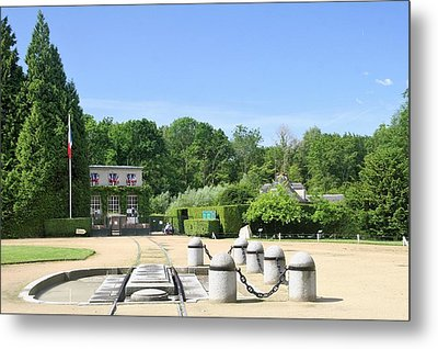Metal Print featuring the photograph Armistice Clearing In Compiegne by Travel Pics
