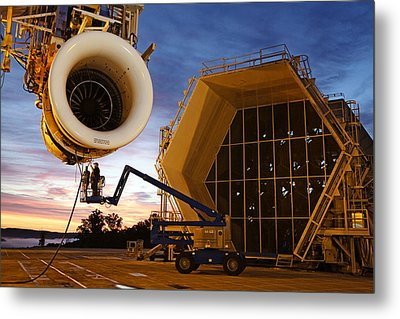 Assembling An Energy Efficient Jet Metal Print by Tyrone Turner