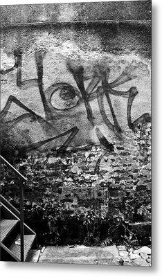 Back Alley Graffiti  Metal Print by Dustin K Ryan