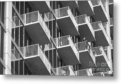 Balcony Colony Metal Print by WaLdEmAr BoRrErO