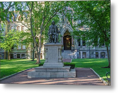 Benjamin Franklin Statue - University Of Pennsylvania Metal Print by Bill Cannon