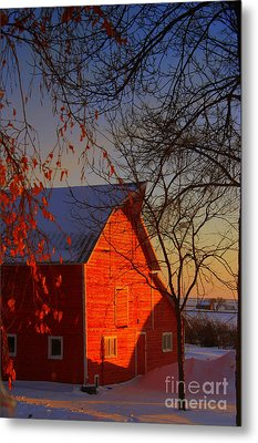 Big Red Barn Metal Print by Julie Lueders
