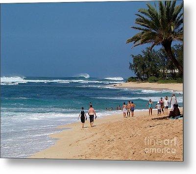 Big Waves Hawaii Metal Print by Carl Gouveia