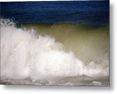 Big Waves Metal Print by Susanne Van Hulst