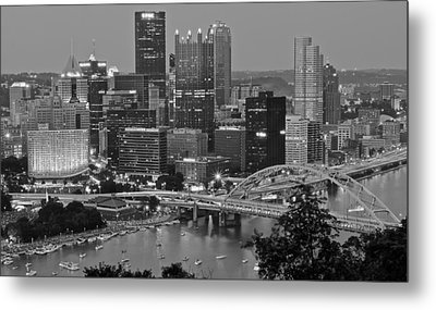 Black And White Of Pittsburgh Metal Print by Frozen in Time Fine Art Photography