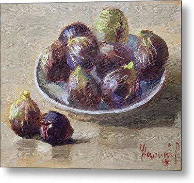 Black Figs Metal Print by Ylli Haruni