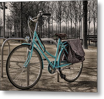 Blue Bicycle Metal Print by Martin Newman