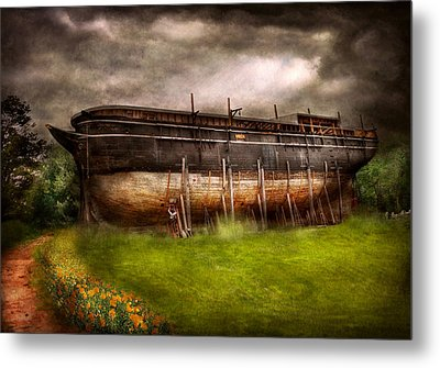 Boat - The Construction Of Noah's Ark Metal Print by Mike Savad
