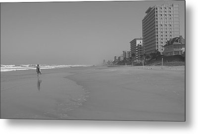 Body Boarding In Black And White Metal Print by Mandy Shupp