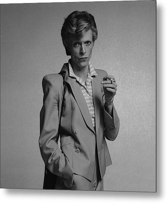 Bowie Yellow Suit  Metal Print by Terry O'Neill