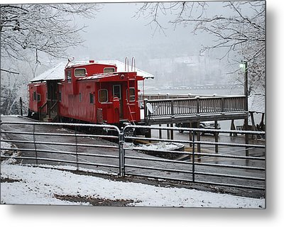 Caboose In Snow Metal Print by Eric Armstrong