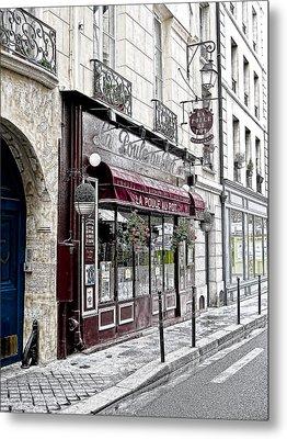 Cafe In Paris Metal Print by J Pruett
