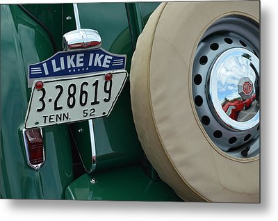 Car Love Metal Print by Julie Penney
