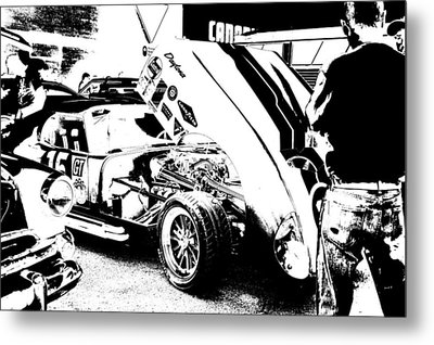 Cruise Night Chat Metal Print by Paul Wash