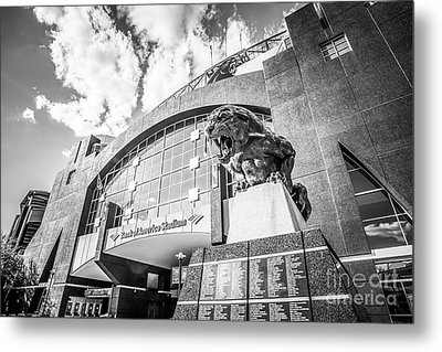 Carolina Panthers Stadium Black And White Photo Metal Print by Paul Velgos