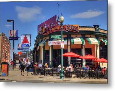 Cask'n Flagon And The Citgo Sign - Boston Metal Print by Joann Vitali