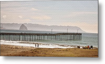 Caycous Pier II Metal Print by Sharon Foster