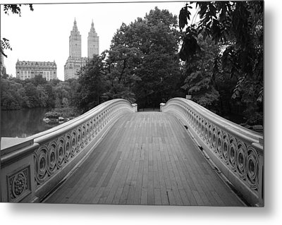 Central Park Bow Bridge With The San Remo Metal Print by Christopher Kirby