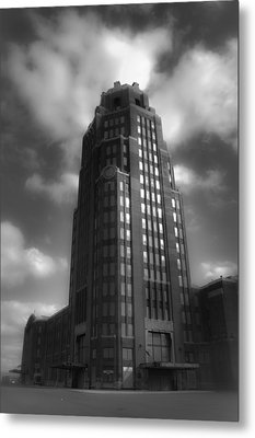Central Terminal Metal Print by Chuck Alaimo