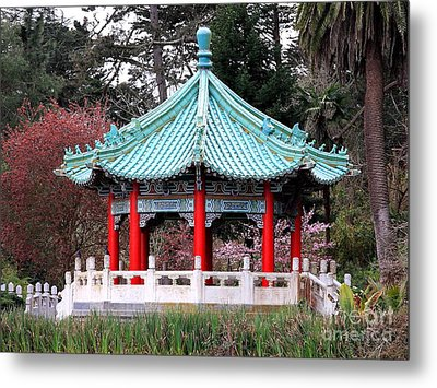 Chinese Pavilion Metal Print by Wingsdomain Art and Photography