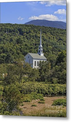 Church In Stowe Vermont Metal Print by Edward Fielding