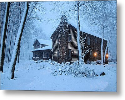 Comfort From The Cold Metal Print by Kristin Elmquist