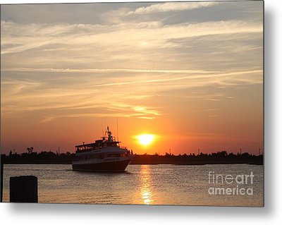 Cruising At Sunset Metal Print by John Telfer