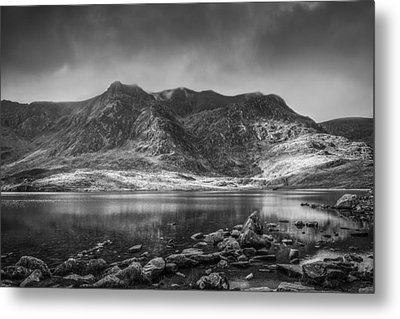 Cwm Idwal Reflections Black And White Metal Print by Christine Smart