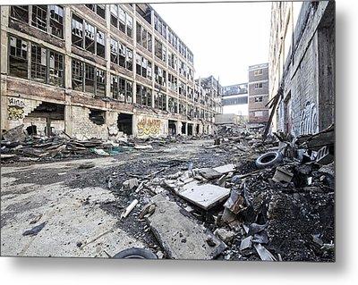 Detroit Abandoned Buildings Metal Print by Joe Gee