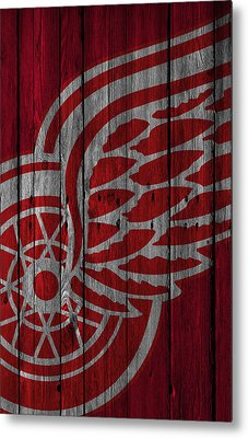 Detroit Red Wings Wood Fence Metal Print by Joe Hamilton
