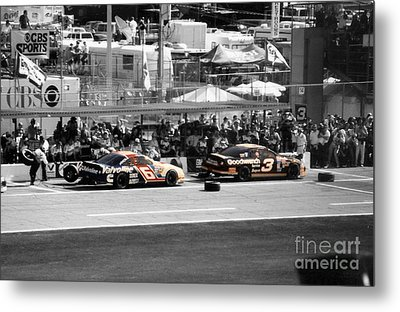 Earnhardt And Martin In The Pits Metal Print by John Black