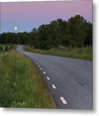 Empty Road In Countryside Landscape Metal Print by Jens Ceder Photography