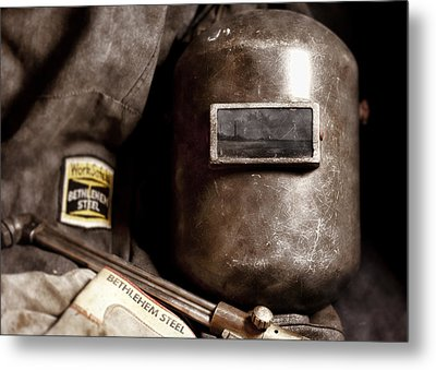Fading America Metal Print by Peter Chilelli