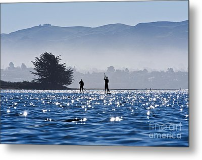 Faraway Paddle Boarders In Morro Bay Metal Print by Bill Brennan - Printscapes
