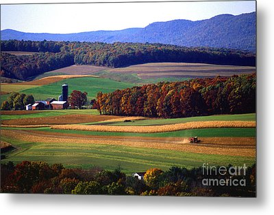 Farm Near Klingerstown Metal Print by USDA and Photo Researchers