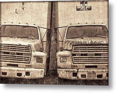 Forgotten Trucks Metal Print by Jeff  Gettis