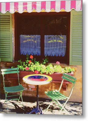 French Bistro In Napa Valley Metal Print by George Oze