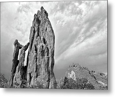 Garden Of The Gods Black And White - Photography Metal Print by Ann Powell