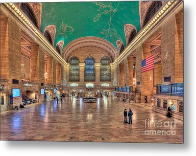 Grand Central Terminal V Metal Print by Clarence Holmes