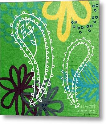 Green Paisley Garden Metal Print by Linda Woods