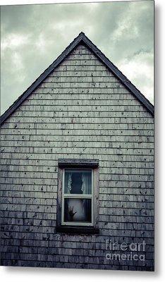 Hand In The Window Metal Print by Edward Fielding