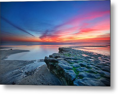 Heaven And Earth Metal Print by Larry Marshall