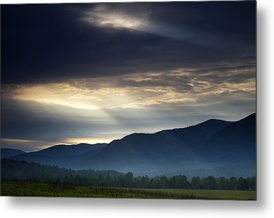 Heaven's Light Metal Print by Andrew Soundarajan