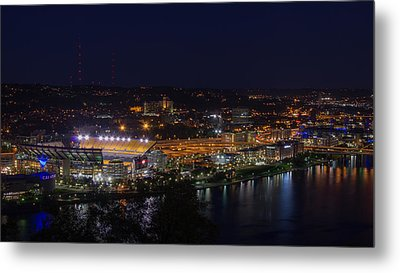 Heinz Field At Night From Mt Washington Metal Print by Lori Coleman