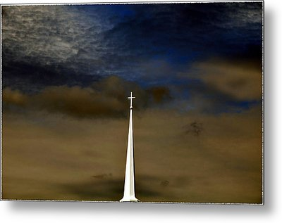 Hope Knows No Fear Metal Print by Brittany H