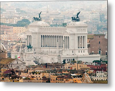 Il Vittoriano Metal Print by Andy Smy